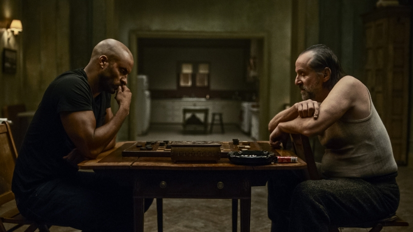 american-gods-season-1-episode-2-review-the-secret-of-the-spoons