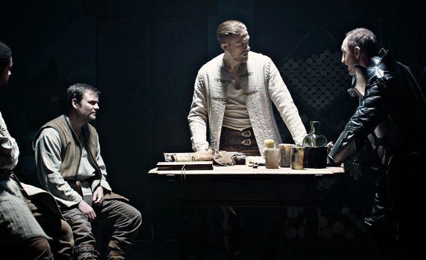 Charlie-Hunnam-King-Arthur-Legend-of-the-Sword-Movie-Wallpaper-03-1280x784