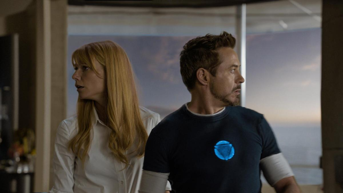 New 'Avengers 4' Set Photos Reveal Pepper Potts and Tony Stark Together; Bruce Banner in Distress