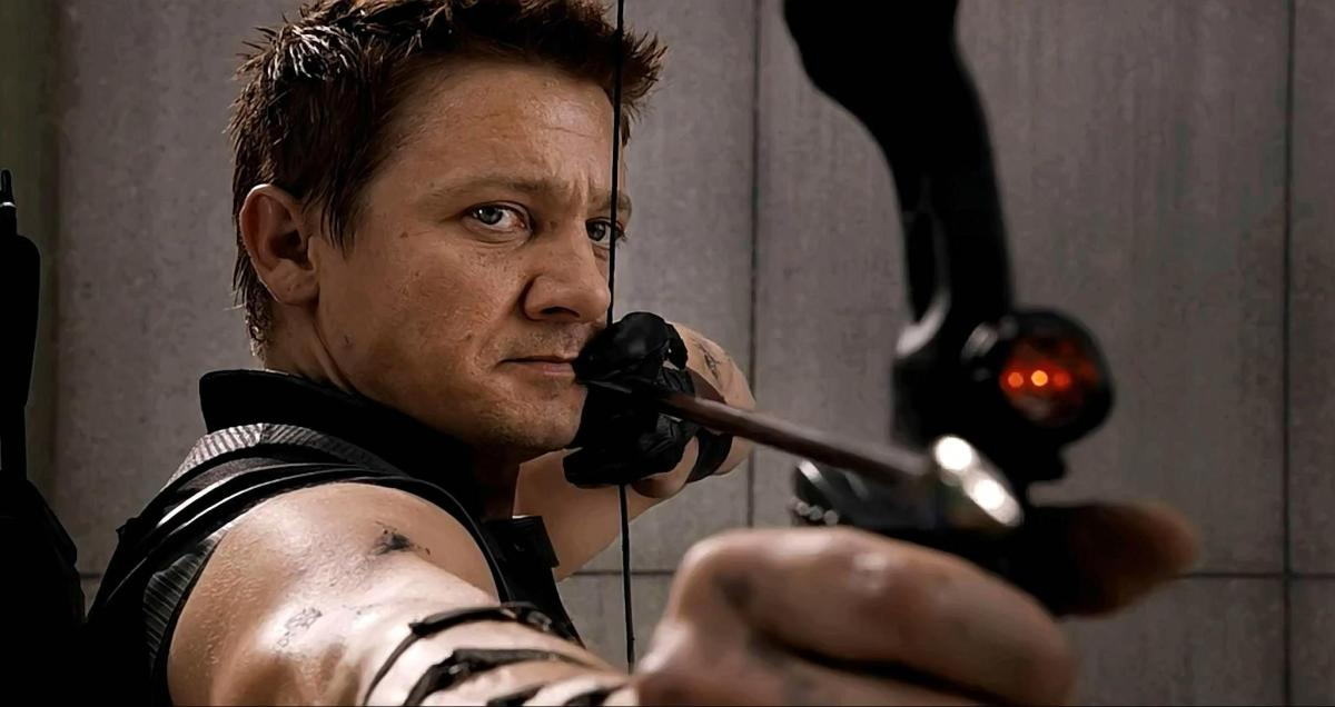'Avengers 4' Set Photos Reveal Hawkeye's New Look