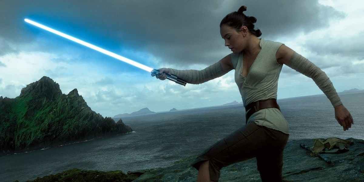 Rian Johnson Explains Why 'Star Wars: The Last Jedi' Avoided Green Screen For One Important Location