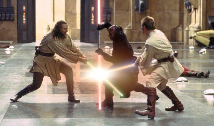 star-wars-the-phantom-menace-lightsaber-duel