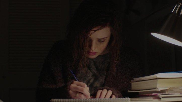 13-Reasons-Why-Hannah-writes-the-list